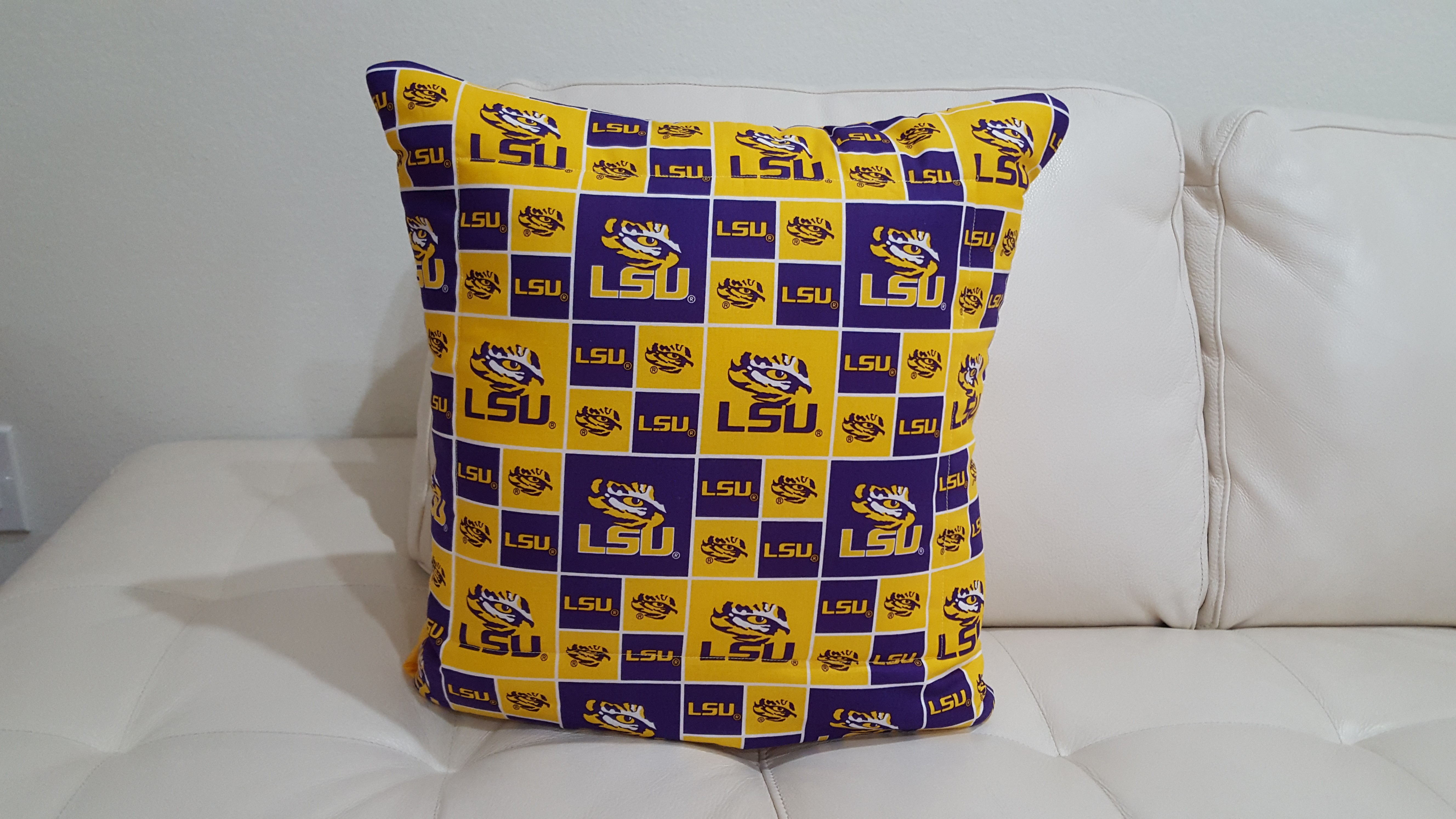 LSU Tigers Quillow